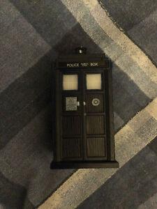 Doctor who mini tardis model