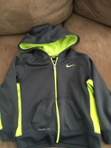 Boys jackets - Size 4T / 4