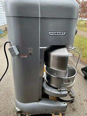 Hobart M-802 80 Qt Quart Mixer W Bowl Guard Safety Cage Whip Beater 2 Bowls