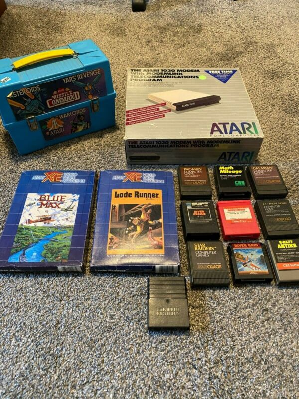 Atari XE XL - 12 Cartridges (Lode Runner, Blue Max, ET, Galaxian)