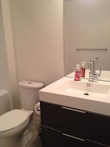 Downtown bedroom, utilities included, female only, avail. Dec 1 Downtown-West End Greater Vancouver Area image 4