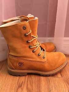 Timberland Boots Size 6.5 Women's