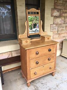 Duchess antique dressing table $ 140 Royston Park Norwood Area Preview