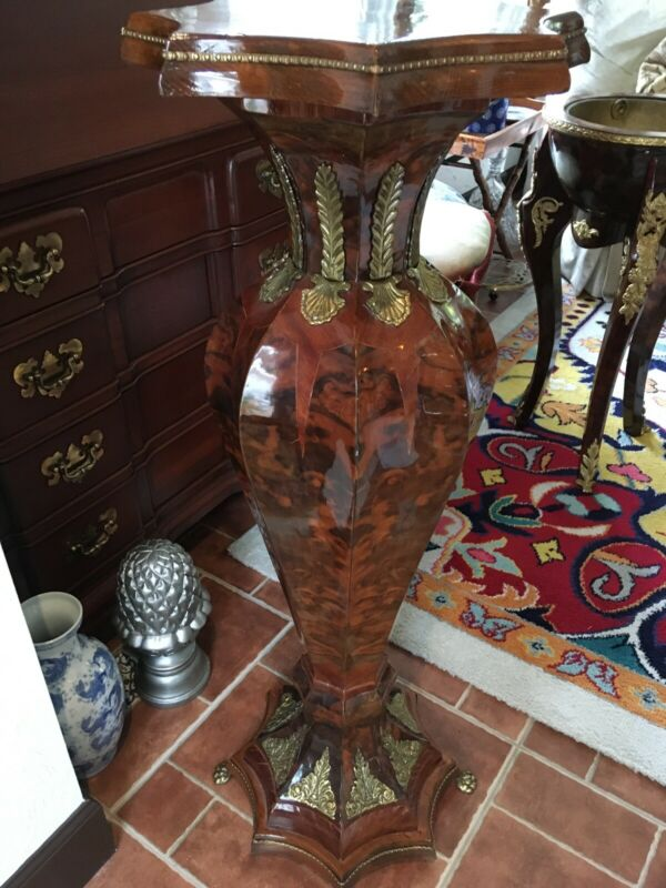 French Louis Xv Burl Wood Bronze Mounted Pedestal Paw Feet