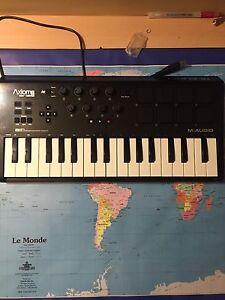 Synthétiseur/clavier de production M-Audio