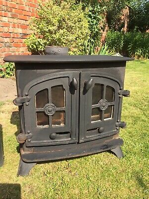YEOMAN 2 DOOR WOODBURNING STOVE