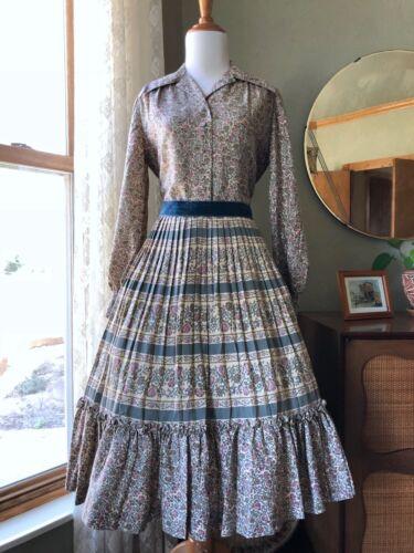 50s Dress Floral Cotton Accordion Skirt Fit Flare Flowers Vines Vintage 1950s