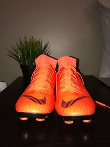 Size 8 Nike Mecurial soccer cleats