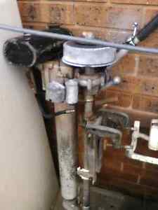 Old outboard motor Summerland Point Wyong Area Preview