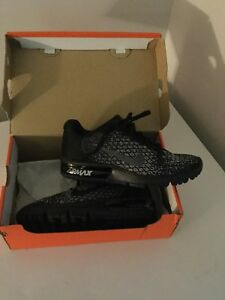 Womens NIKE Air Max Sequent 2  - NEW - size 6