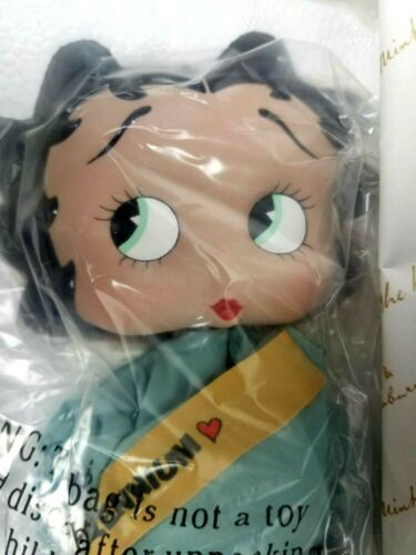 New, Open Box Danbury Mint BETTY BOOP Miss Liberty 2000 Porcelain Collector Doll