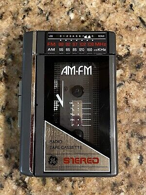 GE AM-FM Cassette Stereo Walkman Personal  3-5470b Tested & Works!