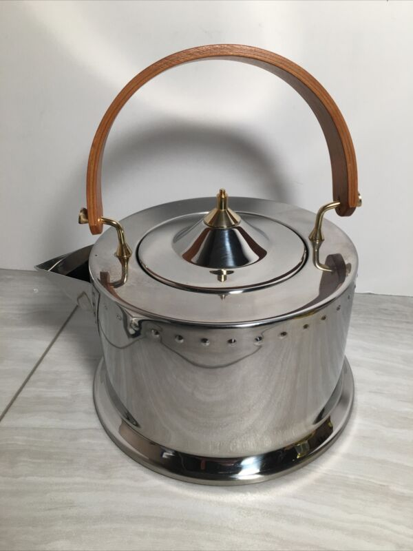 MCM Bodum C.Jorgensen Stainless Steel Tea Pot Wood Handle 64oz Used