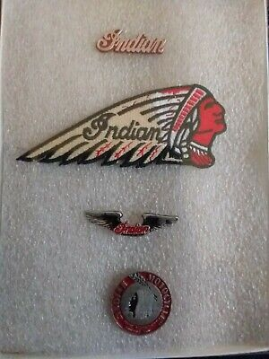 vintage collectable INDIAN MOTORCYCLE patch and 3PINS GIFT BOX