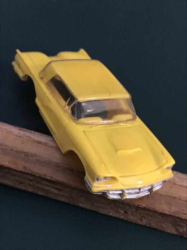 #1544 1960 Ford Thunderbird Hardtop - LEMON - LEMON Vintage Aurora Vibrator Body