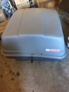 Motomaster Roof top carrier hard cargo box