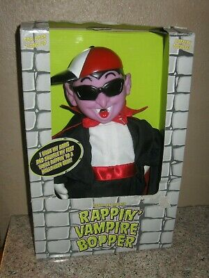 Animated Singing & Dancing RAPPIN' VAMPIRE BOPPER- Vintage Halloween Toy
