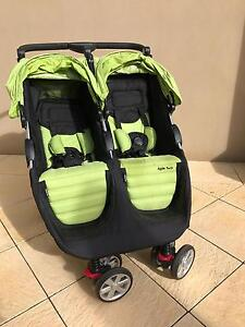 Steelcraft Agile Twin Pram Stirling Stirling Area Preview