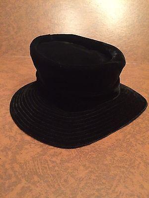 Union Made Women's Vintage Black Velvet Edwardian Style Hat USA KY Derby