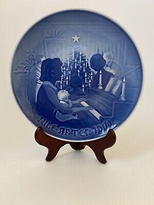 """Royal Copenhagen 1971 Collector Blue Plate """"Christmas at Home """" Denmark 7"""""""
