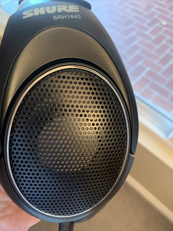Shure SRH1440 Professional Open Back Mastering Monitoring Stereo Headphones