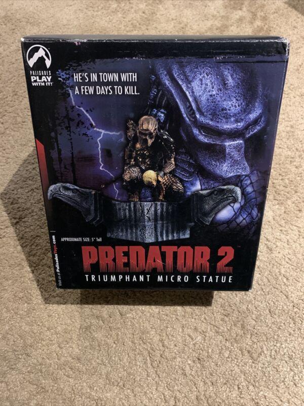 "Predator 2 Triumphant 5"" Micro Statue 2004 - Palisades Toys"