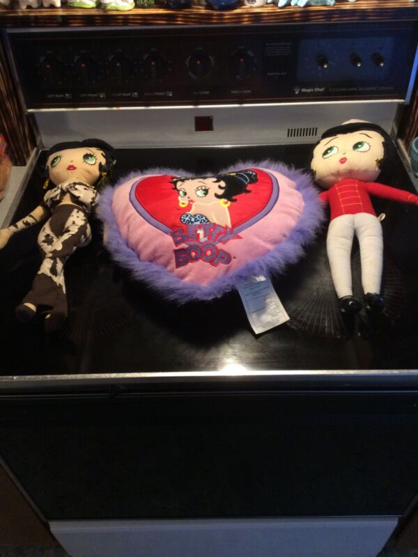 Lot Of 3 Betty Boop Items-2 Kelly Toy Soldier And Christmas + Pillow Cute! (C4)