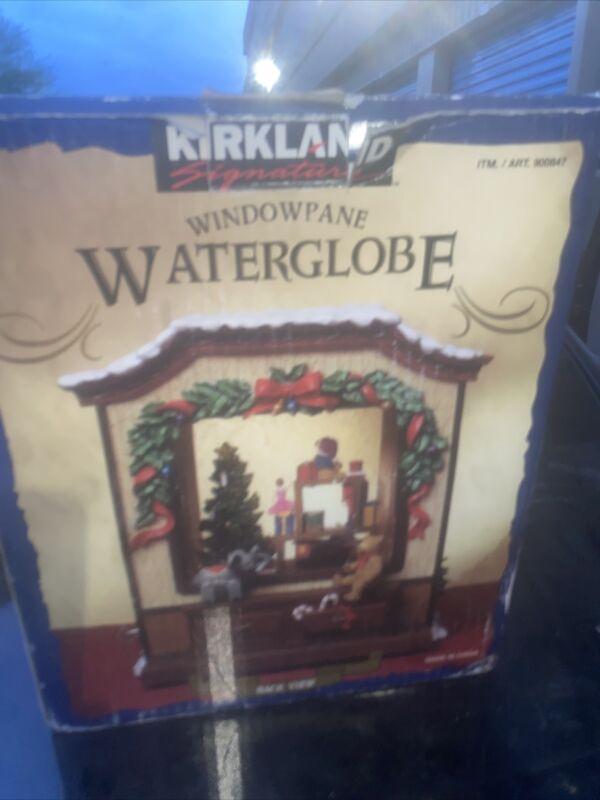 Waterglobe Musical Window Shopping Children Lights Windowpane Snowflakes Vintage
