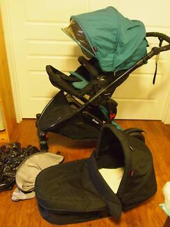 Strider Compact Pram with Bassinet Paralowie Salisbury Area Preview