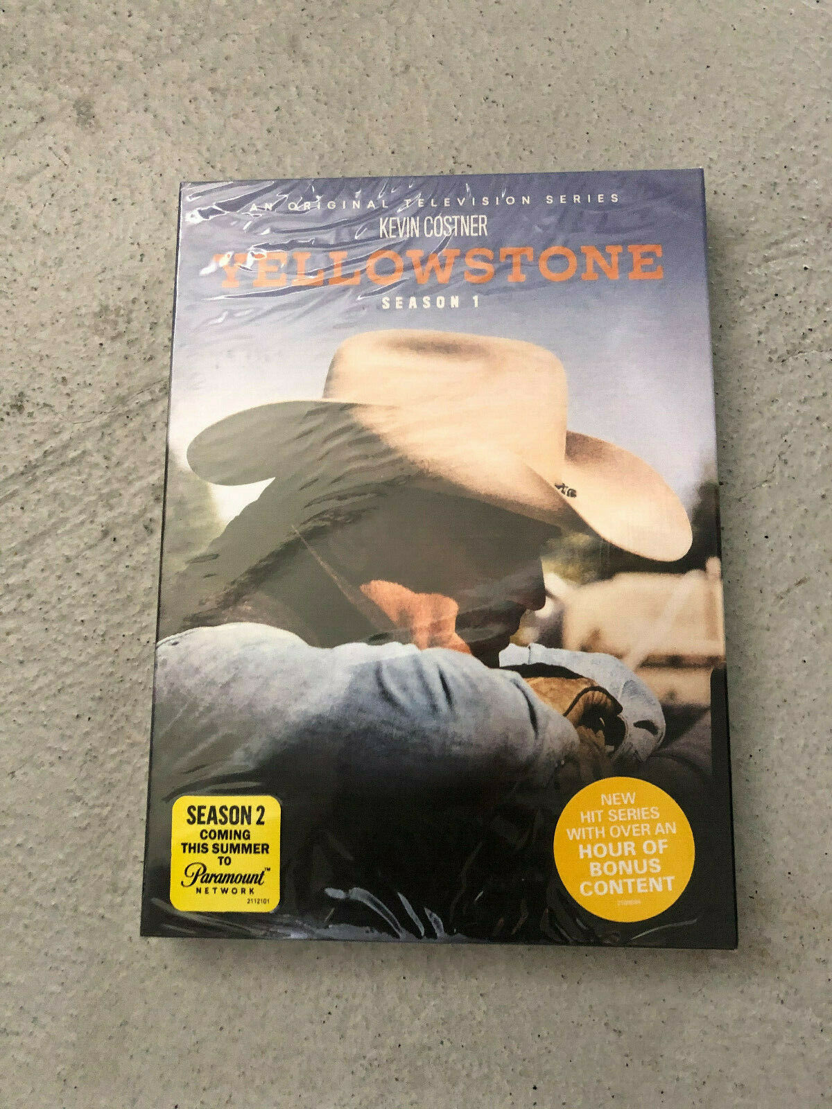 Yellowstone: Season 1 (DVD, 2018, 3-Disc Set)