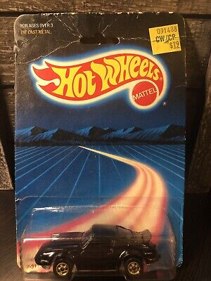 1986 HOT WHEELS PORSCHE P-911 TURBO BW GOLD RIMS UNPUNCHED (EB05)