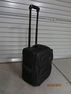 3880dced04a7 Samsonite carry on luggage 43cm x 34cm x 25cm