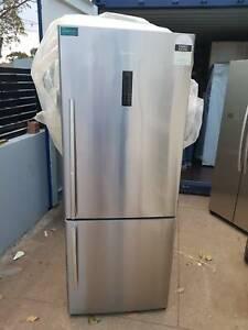 New Factory Second HISENSE 435L Bottom Mount Refrigerator RRP $1,099
