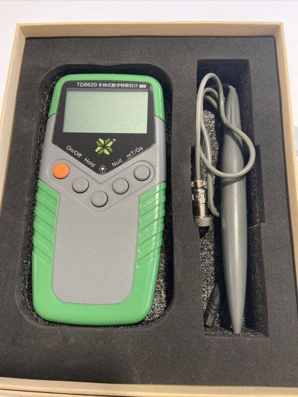 TD8620 Hand-held Digital Gauss Meter Electric Magnetic Field Tester Flux Meter