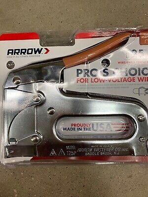 Arrow Fastener T25 Low Voltage Wire Staple Gun Fits up to 1/4-Inch Wires