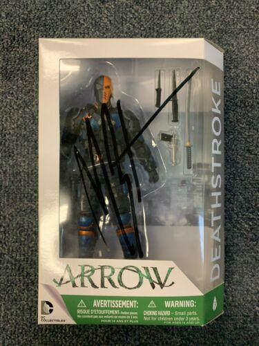 CW DC Arrow Deathstroke Manu Bennett Autographed Signed Action Figure COA