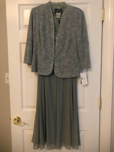 Alex Evenings Sage Green Sparkle Size 14P Dress And Jacket NWT
