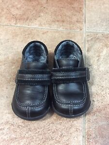 Baby Boys Size 4 Robeez Black Dress Shoes