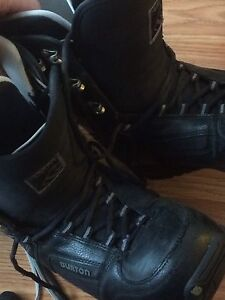 Snow board boots size 7