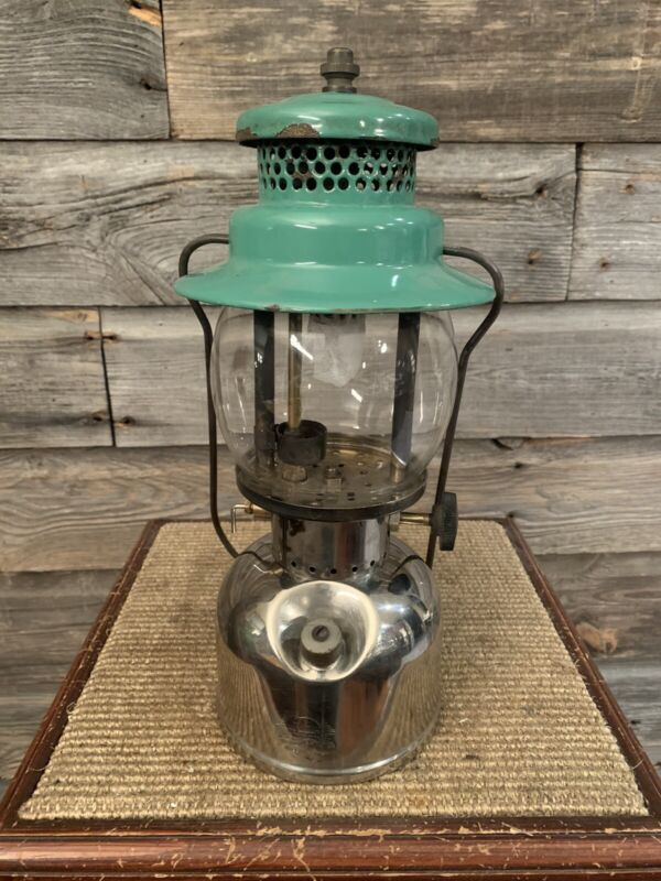 Vintage Coleman Lantern 247 Scout
