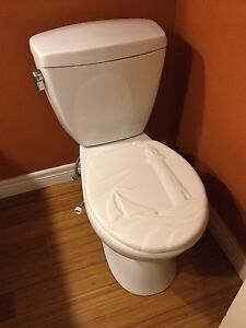 Working toilet - reduced