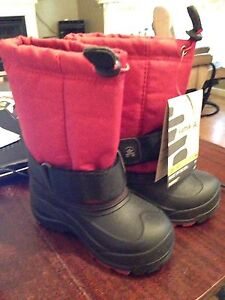NEW Kamik winter boots , red, toddler size 9