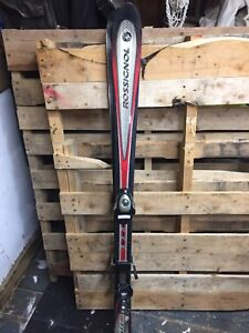 Rossignol youth skis