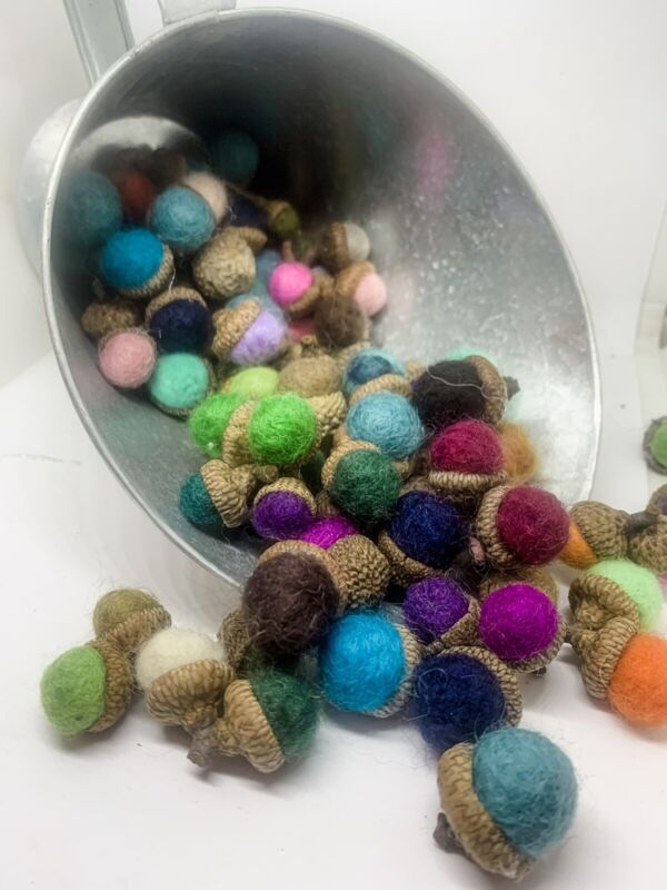 24  Small/medium Needle Felted Wool Acorn Folk ART Fall Thanksgiving