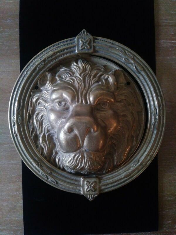 VINTAGE VICTORIAN FIGURAL LION HEAD DOOR KNOCKER BRASS FINISH