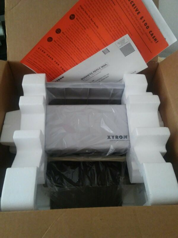 Xyron 850 Adhesive Application & Laminating System
