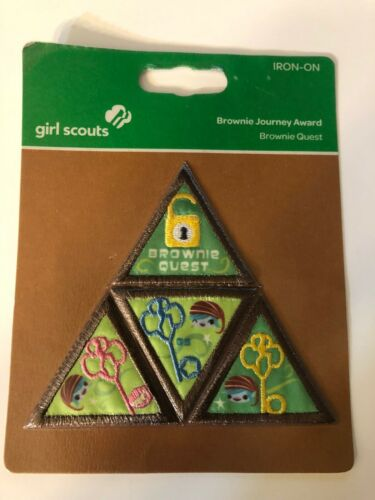 Girl Scout Brownie Journey Award ~ BROWNIE QUEST ~ new in package