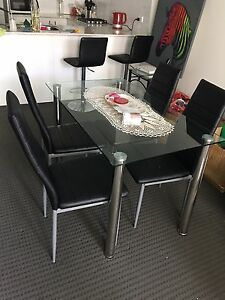Dining table + 4 Seats Homebush West Strathfield Area Preview