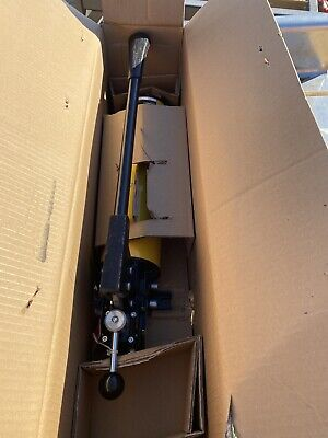 Enerpac P84 Two Speed Hydraulic Hand Pump 10000 Psi Ram Lifting Cylinder