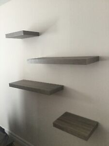 4 floating Shelves